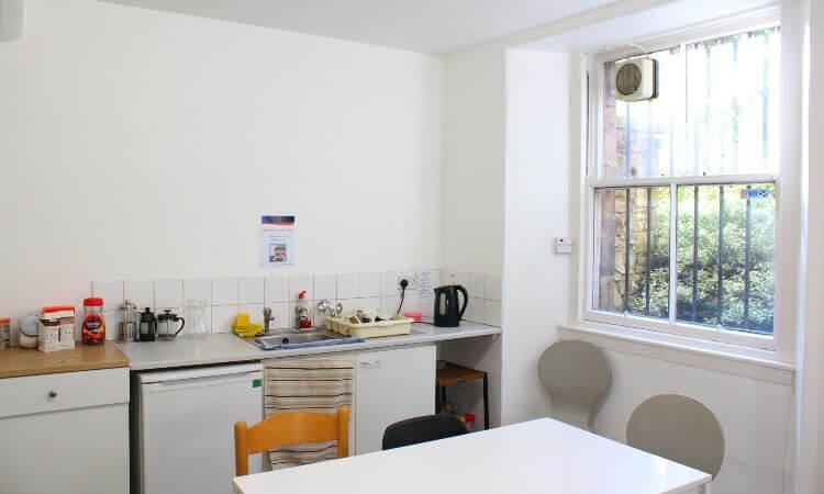 48_Palmerston_Place_-_Kitchen.jpg