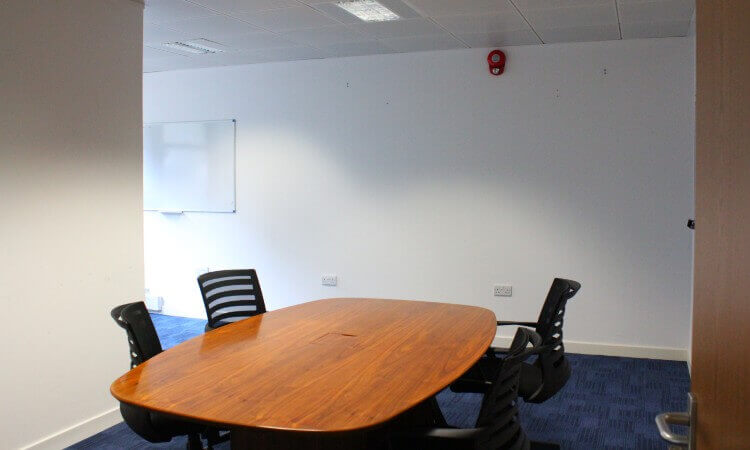 Centrum_House_-_Meeting_Room.jpg