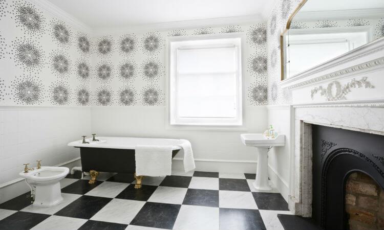 Duddingston_House_Bathroom_-_Resized_for_Website.jpg