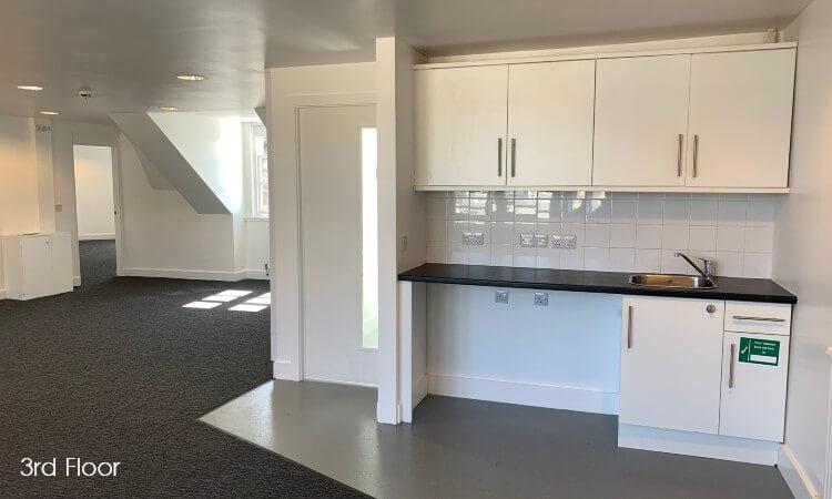 86a George Street - 3rd Floor Kitchen.jpg
