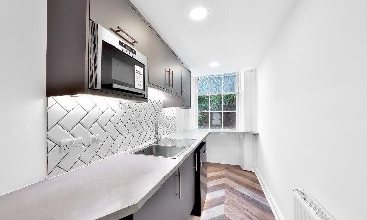 5 South Charlotte Street - Kitchen.jpg